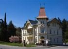 Vila s lékárnou v Luhačovicích  (klikni pro zvětšení)