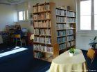 Interiér obecní knihovny  (klikni pro zvětšení)