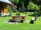 Posezení na zahradě  (klikni pro zvětšení)