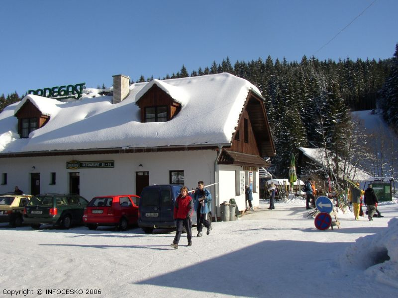 Ski areál Bílá - Obslužná budova (pokladny, HS, bufet, WC)