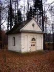 Kaple se studánkou  (klikni pro zvětšení)
