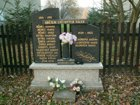 pomník obětem světových válek  (klikni pro zvětšení)