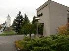 Kostel, obřadní síň, hřbitov  (klikni pro zvětšení)