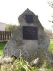 Pomník všem padlým <novy/>v obou světových válkách  (klikni pro zvětšení)
