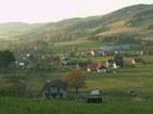 Pohled na Lhotku z kopce Hrbková  (klikni pro zvětšení)
