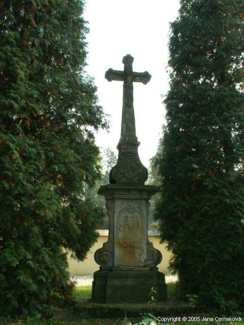 Kamenný kříž