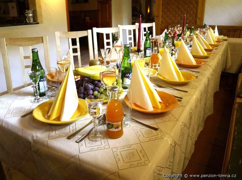 Penzion na Kamyncu - slavnostní tabule